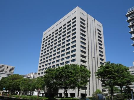 行政のビル